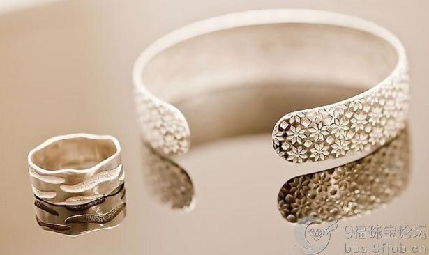 怎么清理银饰品?