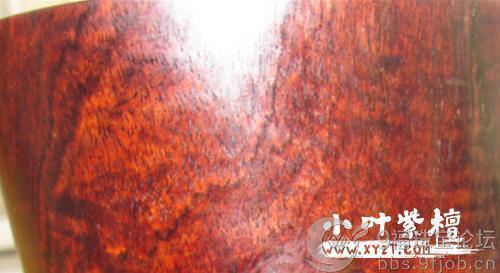 小叶紫檀干货:选择小叶紫檀木手串,如何去分辨是否高密度?